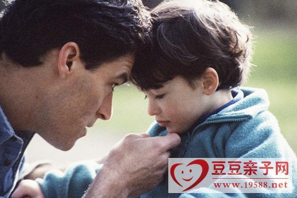 孩子受委屈父母如何及时化解,让孩子把情绪发泄出来