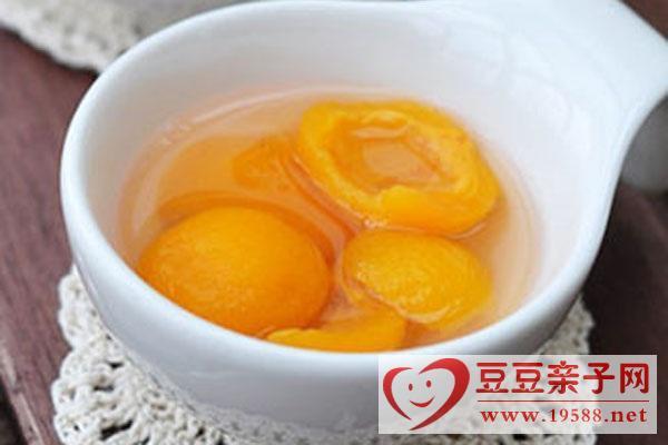 宝宝秋季美食做法:枇杷糖水、茯苓糕、鲜玉米南瓜粥等
